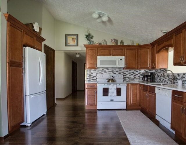 Dynamics for kitchen cabinets selection